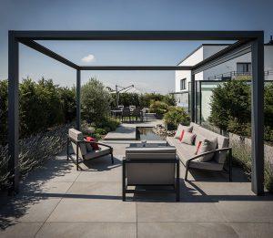 LA-CAVA-Dachterrasse-minimalistisch