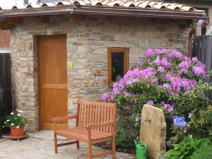 la-cava-gartenhaus-aus-naturstein