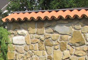 LA-CAVA-Mauerabschluss-Terrakottaziegel