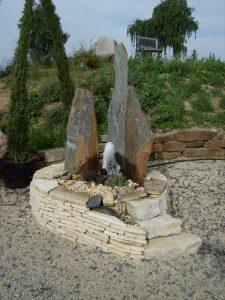 LA-CAVA-Wasser-im-Garten 851