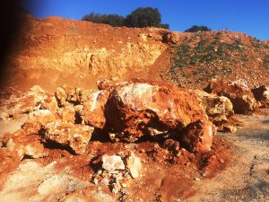 la-cava-mediterraner-steinbruch
